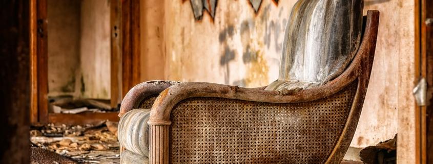 Ako sa zbaviť starého nábytku a tipy pre efektívne vypratávanie